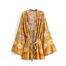 Винтажные летние топы в стиле бохо, кимоно с цветочным принтом и стирками, женский модный кардиган 2019, пляжные шикарные блузки с V образным вырезом, рубашки, блузы