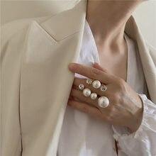 Eleganti anelli di perle Multi Oversize retrò per donna anello di fascino irregolare con strass di cristallo lucido da donna gioielli da sposa coreani