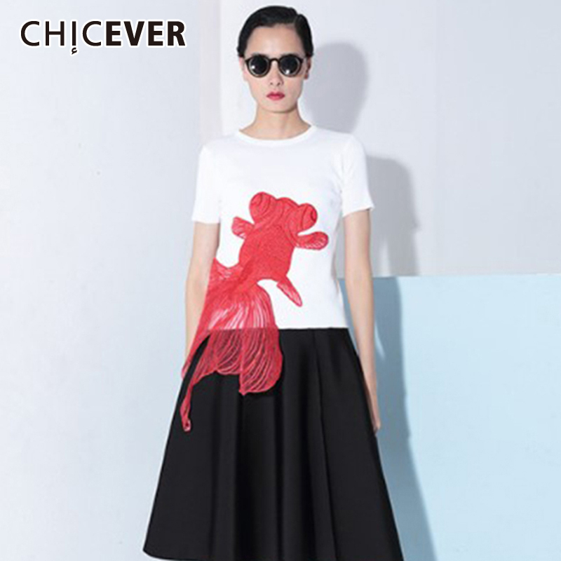 CHICEVER Korean Print Hit Color Embroidery Red Goldfish T-shirt For Female O Neck Short Sleeve Oversize Loose Shirts Women 2020