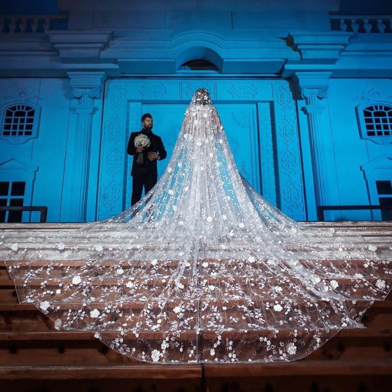 Роскошные 4 М длинные Соборные Свадебные вуали с 3D кружевной аппликацией мягкий тюль один слой свадебная вуаль свадебные аксессуары