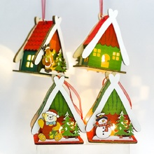 1pcs Christmas Decorations Wood Painted Lighted Cabin Pendant Snow House With Light Tree Ornaments Decor