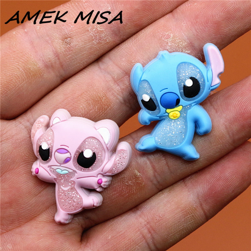 Single Sale 1pc PVC Shoe Charms Cute Original Stitch Shoe Accessories Shoe Buckle Decorations Fit Croc JIBZ Kids X-mas Gift U143