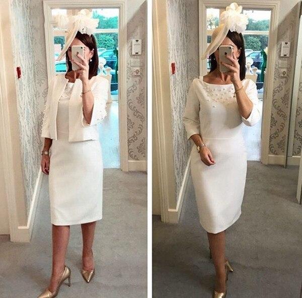 Mère de la mariée robes élégante gaine genou longueur ivoire avec veste élégante perles de mariage robe d'invité femmes robes de soirée