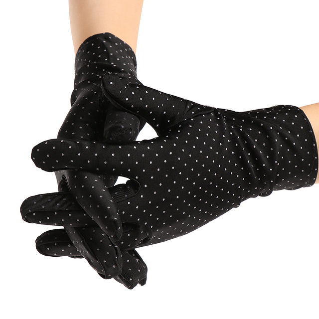 1 Pair New Fashion Sunscreen Wrist Gloves Dot Elastic Mittens Women Gloves Knitted Fabric Vintage Mittens For Drive Wholesale 3
