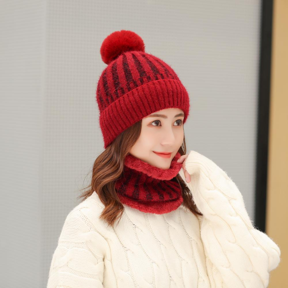 2020 Korean Fashion High Quality Women's Winter Wool Ball Plus Velvet Thick Knitted Hat Two-piece Scarf Cap Set Wholesale