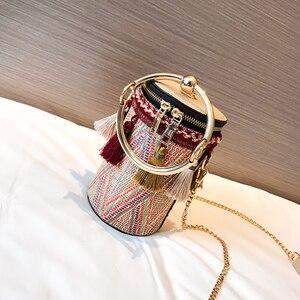 Женские сумки через плечо, летние брендовые сумки через плечо с небольшой талией для девочек 2020, модная соломенная Пляжная сумка с кисточка...