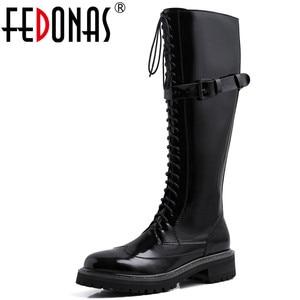 Женские сапоги до колена FEDONAS, черные сапоги из натуральной кожи с боковой молнией, вечерние Клубные теплые сапоги с пряжкой на зиму 2019