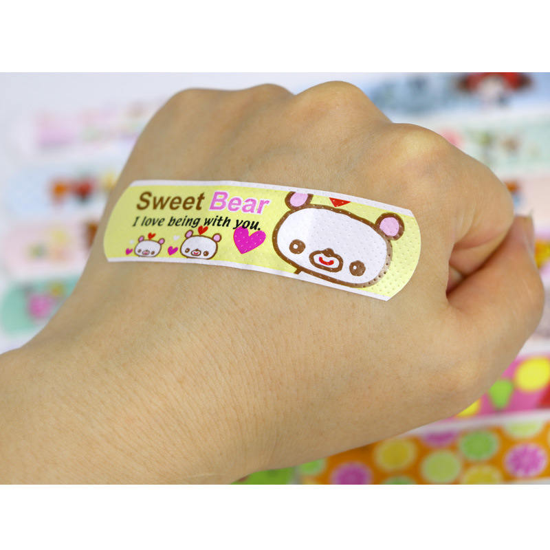 120PCS Cartoon Bandages Adhesive Bandages Wound Plaster First Aid Hemostasis Band Aid Sterile Stickers For Children Kids