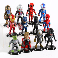 Set of 12 Avengers Collectible Figures  4