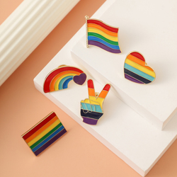 New Colorful Flags Badges Rainbow Breative Heart Yeh Finger Pin Brooch Metal Pins Badge Denim Enamel Lapel Jewelry Gift women