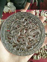 Colección de exquisitas artesanías de plata antigua i escultura de lista.