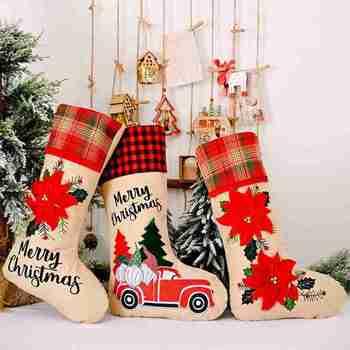Calcetines de tela escocesa roja Edga árbol para fiesta de Navidad decoración colgante Año Nuevo dibujos animados Santa coche flor calcetín niños bolsas de dulces de regalo