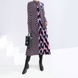 Image 2 - [EAM] Women Pattern Print Split Temperament  Dress New Bow Collar Long Sleeve Loose Fit Fashion Tide Spring Autumn 2020 19A a872