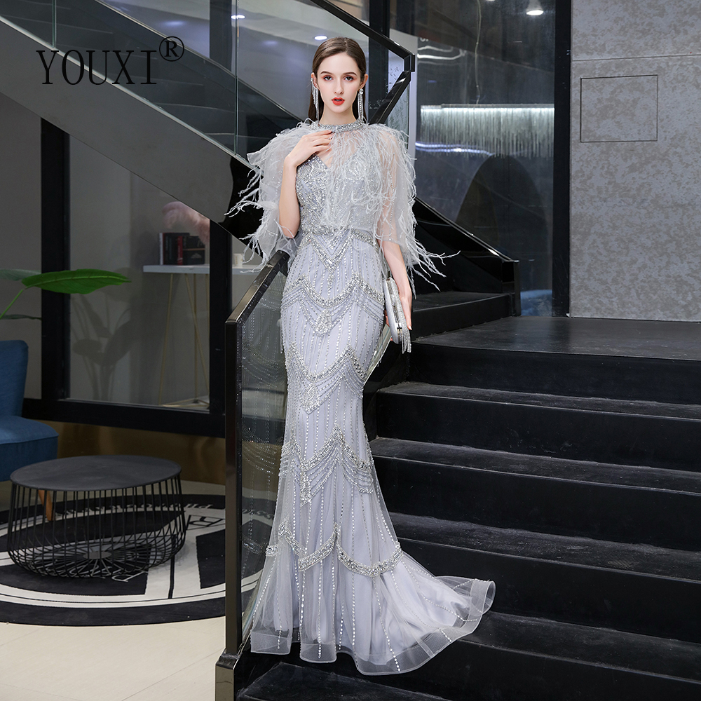 Dubai Luxurious Silver Evening Dress Mermaid With Feather Cape Gorgeous V-Neck Beaded Beading Rhinestone Crystals Formal Gown