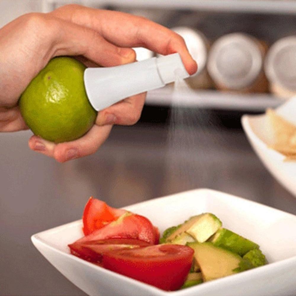 Mini Juicer Manual Lemon Sprayer Portable Creative Juice Orange Spray Cooking Tool