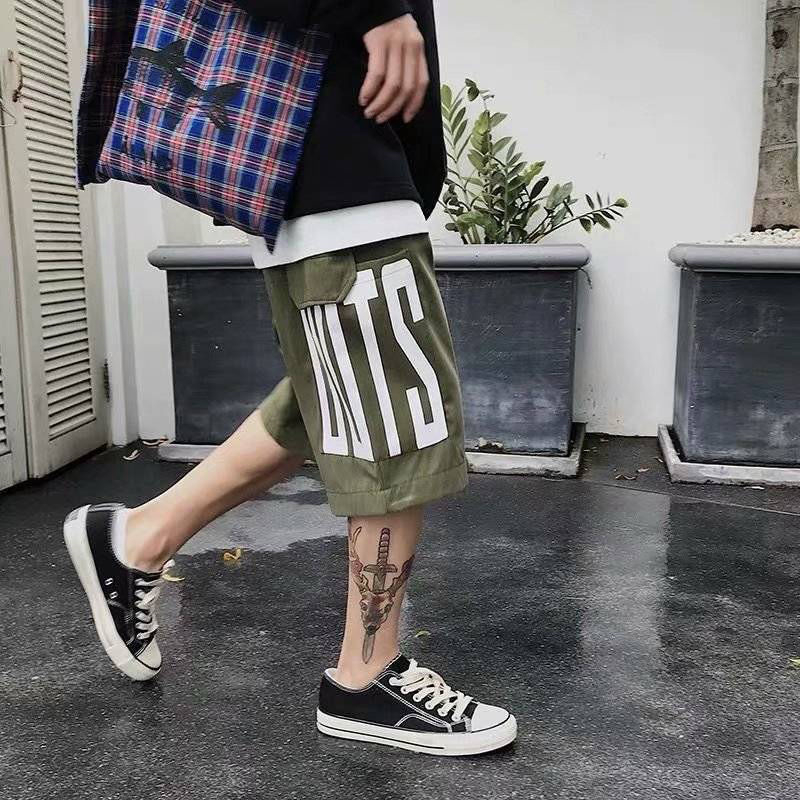 Streetwear Hip-hop Alphabet Over Knee Shorts Male Tide Five-point Pants Summer Sports Ins Tooling Loose Straight 5 Points Pants