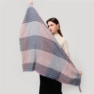 Image 2 - 2020 neue designer marke frauen kaschmir schal dreieck winter schals dame schals und wraps stricken decke neck striped foulard