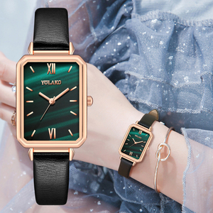 Gradient Water Ripple Retro Watches Women Fashion Exquisite Green Quartz Vintage Leather Wrist Watch Simple Small Female Clock