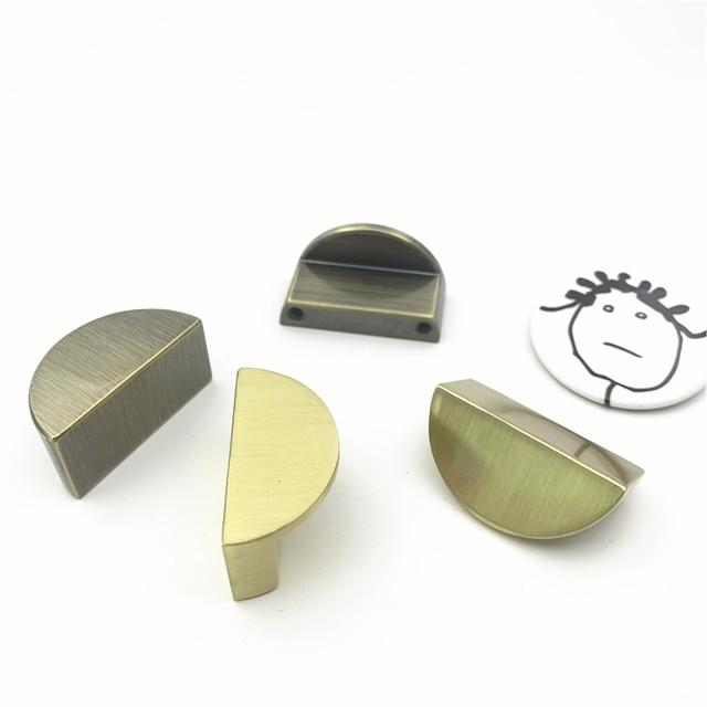 Bouton de traction demi-poignée en alliage de Zinc | Bois massif semi-circulaire, Piano noir argenté, demi-poignée darmoire, traction de porte, Style chinois demi-lune 32mm