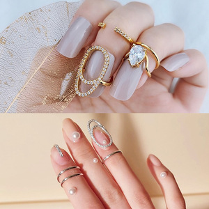 New Fashion Creative Opening Ring Flower Crystal Female Nail Cover Ring Set Jewelry Bridal Wedding Ring Wholesale