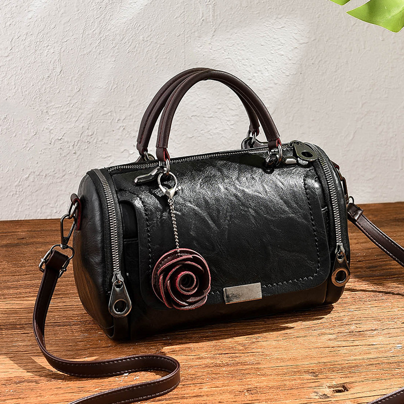 Fashion Leather Shoulder Bags New Casual Large Capacity Retro Rose Pendant Women's Handbags Messenger Bags For Women Female Tote