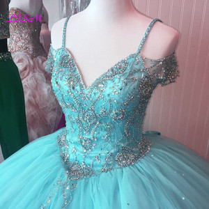 Image 5 - Luxury Crystals Ball Gown Quinceanera Dresses Sweetheart Long Sweet 16 Princess Dress Puffy Tulle Prom Party Gowns Custom Made