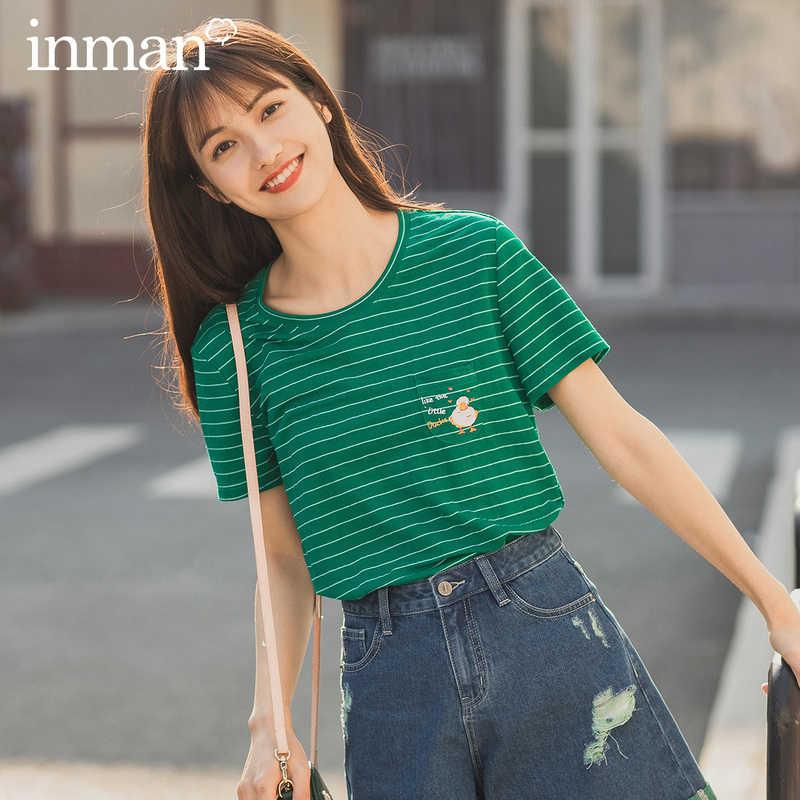 INMAN 2020 Summer New Arrival Stripped Fit Body 귀여운 자수 무늬 T 셔츠