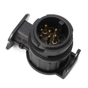 Image 2 - 13 Pin zu 7 Pin Stecker Stecker Adapter 12V Auto Anhänger Lkw Caravan Anhängerkupplung Sockel Converter Europäischen Standard Wasserdicht