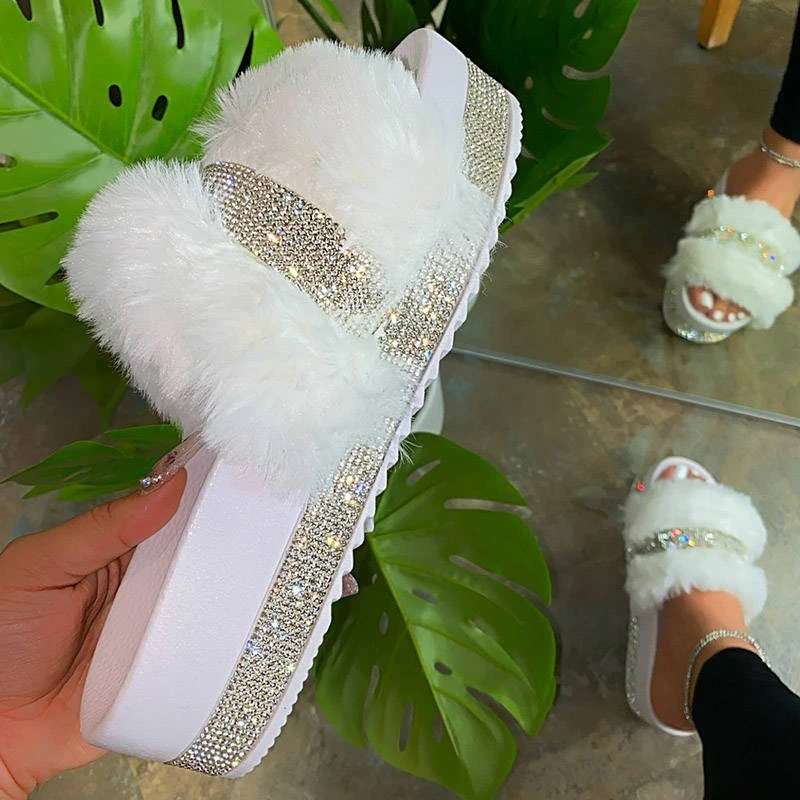 2020 Bling Women's Plush Slippers Fur Slides Rhinestones Outdoor Flat Women Platform Sandals Stylish Casual Shoes Plus Size 43