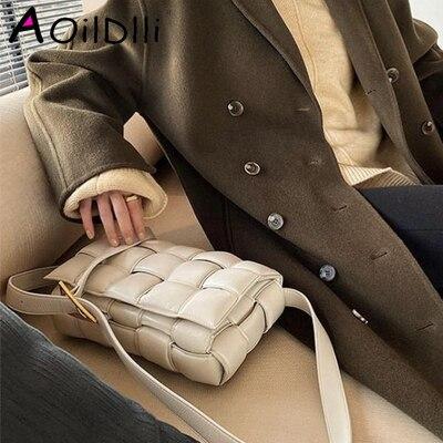 2020 New Cowhide Leather Crossbody Bags For Women Popular Weaving Luxury Handbags Women Bags Designer Shoulder Bags Ladies Totes