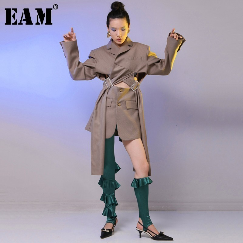 [EAM] 2020 New Spring Lapel Long Sleeve Loose Waist Buckle Bandage Hollow Out Loose Jacket Women Coat Fashion Tide JH007