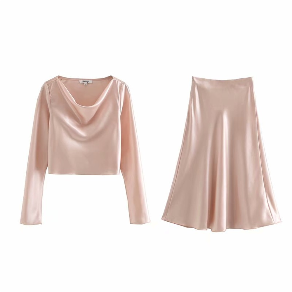 Early Spring 2020 Women's New Small Crowd Light Luxury Temperament Satin Short Swing Collar Top + High Waist Long Skirt Set