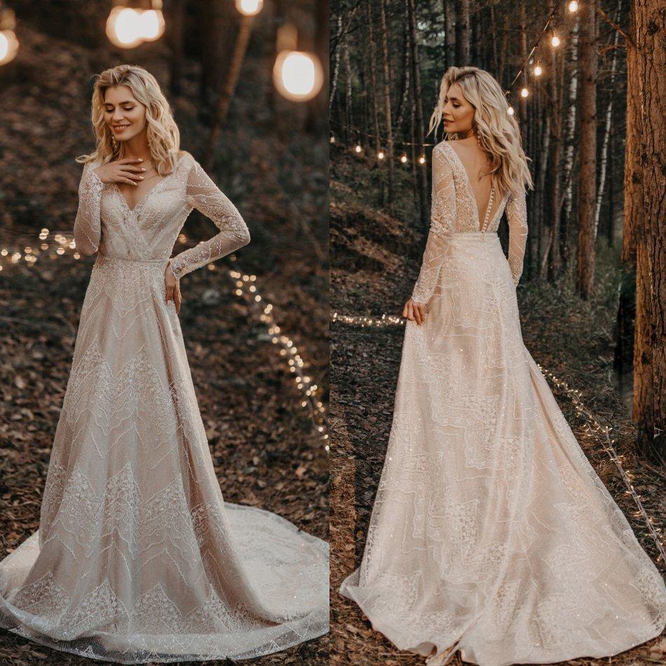 2020 Bohemian Wedding Dresses V Neck Long Sleeves Lace Appliques Beads Bridal Gowns Sweep Train Beach Boho A-Line Wedding Dress