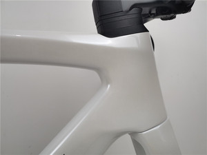 High quality road bike carbon frame suitable for Di2 group BB30 bottom 700C carbon road bicycle frameset gloss white