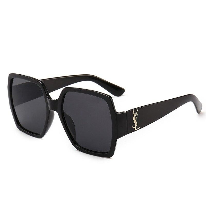 2018 Occident Fashion New Style Sun Glasses Women's Fashion Box Colorful Sunglasses Retro Oceans PCs Glasses 9790