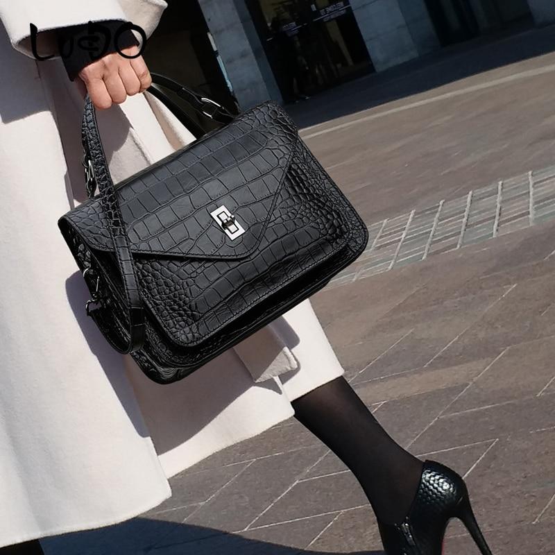LUCDO Designer Luxury Handbags With lock quality leather Messenger Bag for women 2020 new ladies Shoulder Messenger Bag Bolsas