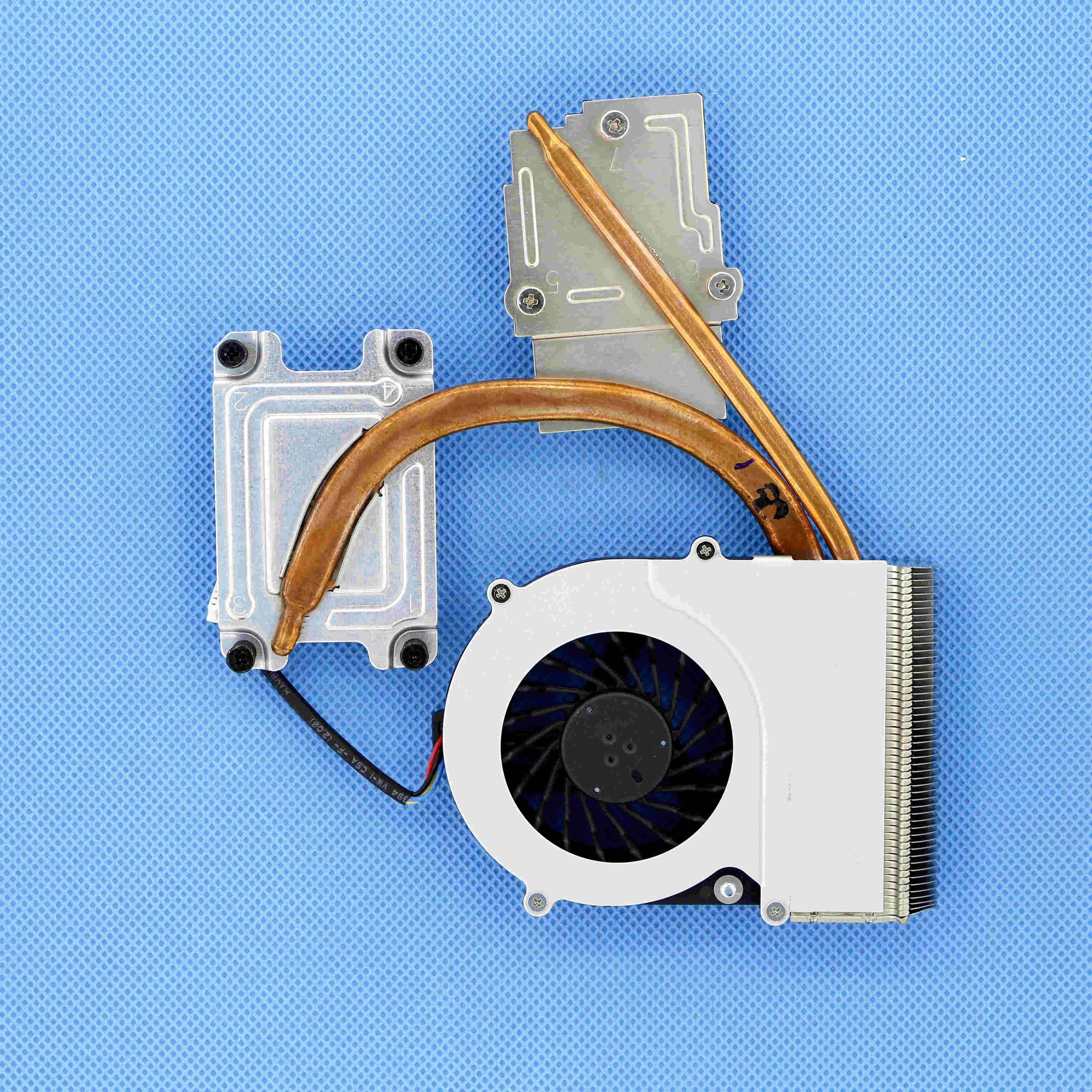 V000230650 Genuine New Heat-sink Thermal Module W/ CPU Cooling Fan For Toshiba Satellite Pro C640 Laptop