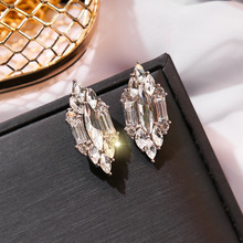 Fashion Geometric Stud Earrings Women New Jewelry Wholesale Temperament Crystal