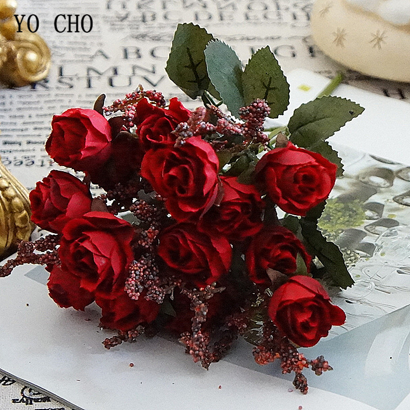 Fabric Rose Red Silk Bouquet Artificial Flowers 15 Heads Small Flannel Bride Bouquet Wedding Home Table Decor Fake Flowers Faux