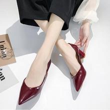 ヨーロッパスタイルガールハイヒール女性 2019 春の新女性は野生指摘浅い口単一の靴と厚い作業靴