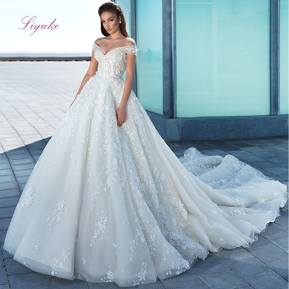 Liyuke Lace Ball Gown Wedding Dresses Appliques Off-the-shoulder Lace Up Sleeveless Pearls Glitter Bridal Gown Chapel Train