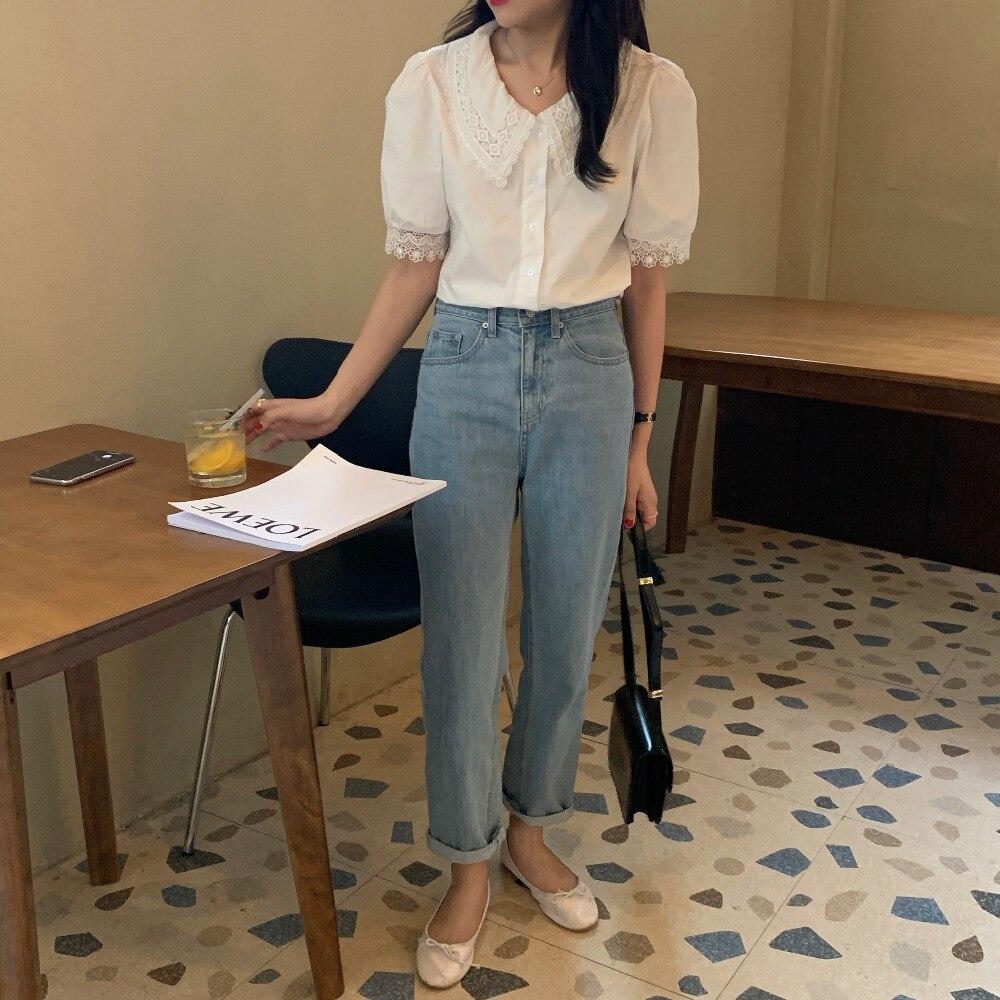 Hd0aa337683da4333ab72008376e50a75p - Summer Korean Turn-Down Lace Collar Puff Sleeves Top with Hollow Out Sleeve Edges