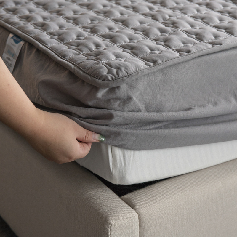 Cotton Quilted Mattress Protector Soft Anti-mite Mattress Topper Hypoallergenic Air-Permeable Bed Cover Washable Embossed Pad