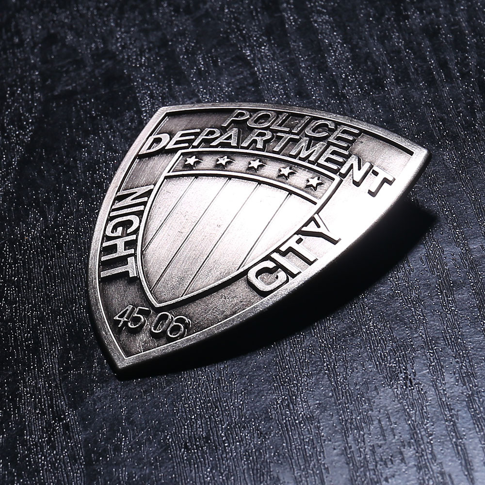 Night City Badge 2077 Cosplay MAX-TAC The Psycho Squad Department Brooch Badge Jacket Coat Brooches Halloween Party Props
