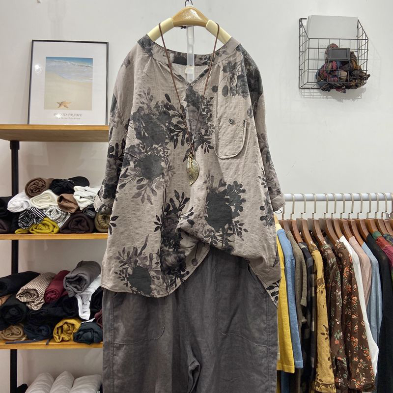 2020 Summer New Arts Style Women Half Sleeve Loose V-neck Shirts Cotton Linen Vintage Print Casual Blouses Femme Blusas M08