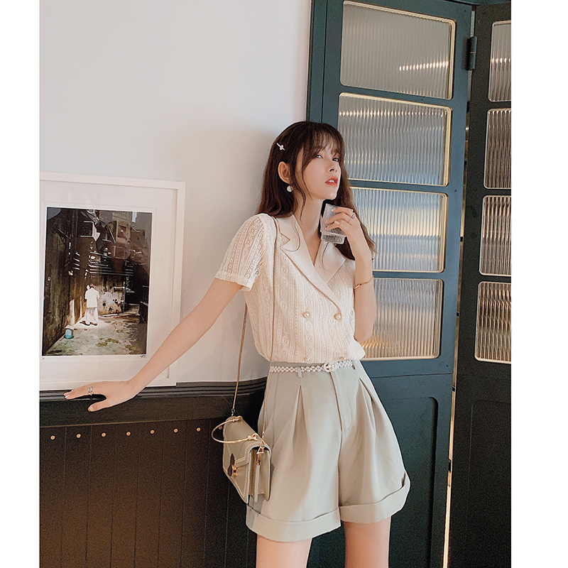 MiShow 2019 Summer Women Casual Turn-down Collar OL Style Short Sleeves Double Breasted Sloose Fit Office Ladies Shirt MX19B4766