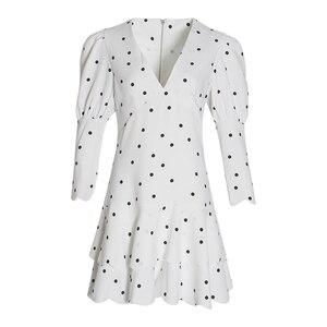 Image 4 - Twotwinstyle verão polka dot vestido para mulher v pescoço puff manga cintura alta babados mini vestidos feminino fasihon roupas 2019