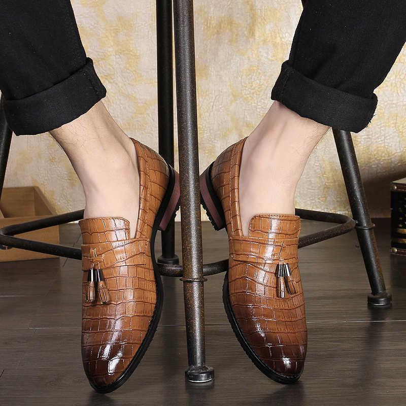 أشار تو أحذية رسمية رجل بولي Leather جلد Oxfords الربيع الرجال إيطاليا فستان أحذية الأعمال أحذية الزفاف للذكور أحجام كبيرة 38-47