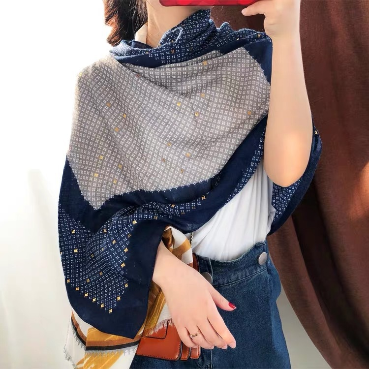 Luxury Brand Retro Silk Scarves Cotton Scarves Women Spring And Autumn Korean Version Flowers Bronzing Summer Long Travel Shawl