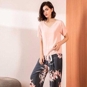 Image 2 - Bông Hoa Màu Hồng In Hình Bộ Đồ Ngủ Bộ Nữ Cotton Satin Thoải Mái Cổ Chữ V Rời Đồ Ngủ Nữ Đầu + Tay Và Quần Homewear Thường Ngày khi Mặc